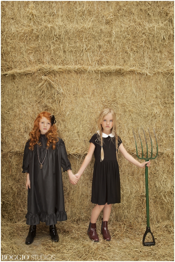 English stable editorial with children