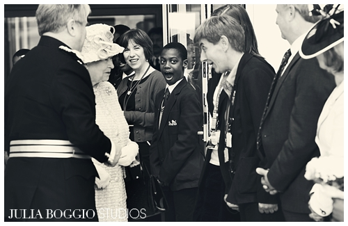 How to act when meeting the Queen by Marte Rekaa for Julia Boggio