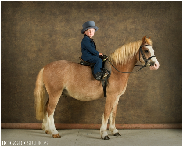 child and horse photography